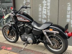 XL883R黒